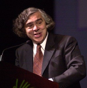 Revealed: Obamas DOE Nominee Ernest Moniz Is Super Cozy With Tar Sands, Oil and Gas Industries:  As Congress is set to review Monizs nomination, heres what you should know.