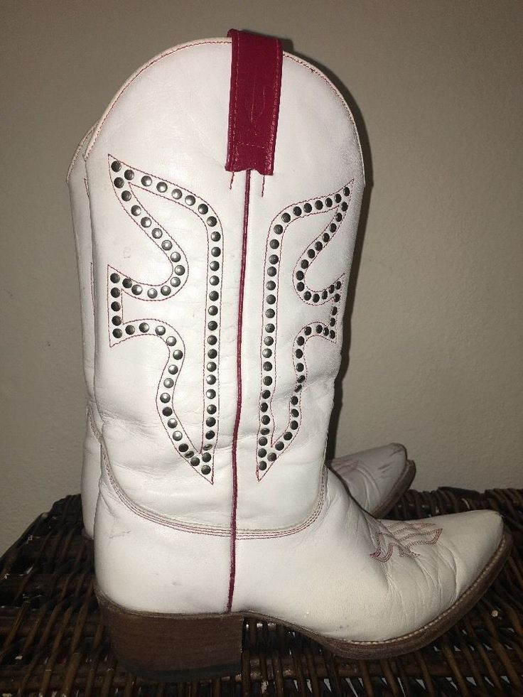 💋Rare Vintage FRYE STUDDED WHITE RED LEATHER WESTERN COW GIRL BOOTS 8.5 M💋 #Frye #CowboyWestern