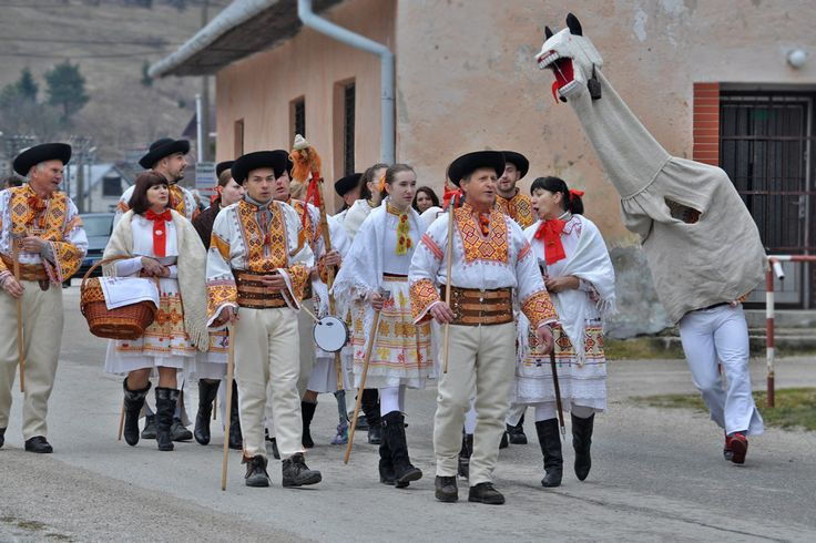 fašiangy s turoňom - Čičmany, Slovensko
