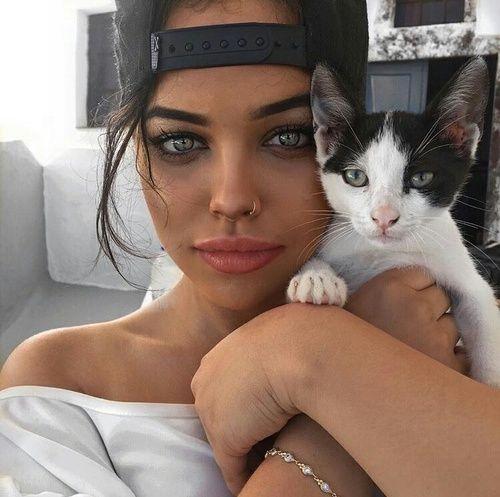 grafika girl, cat, and eyes