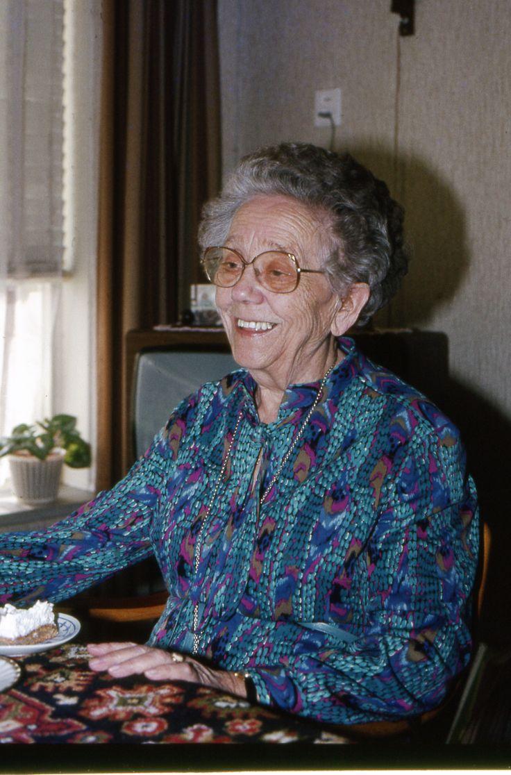 Nog een foto van Tante Bauk.