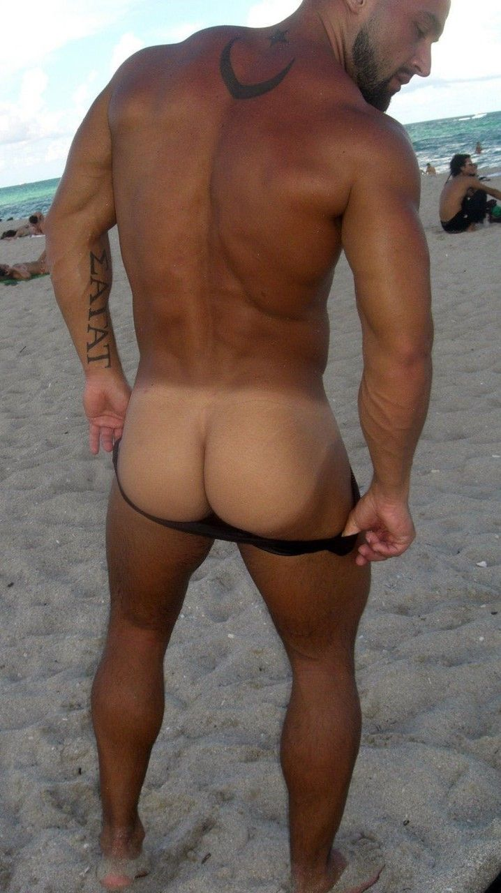 Naked man with tan lines, dick hanna c