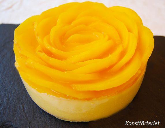 Mango Coconut cheesecake, Gluten Free!