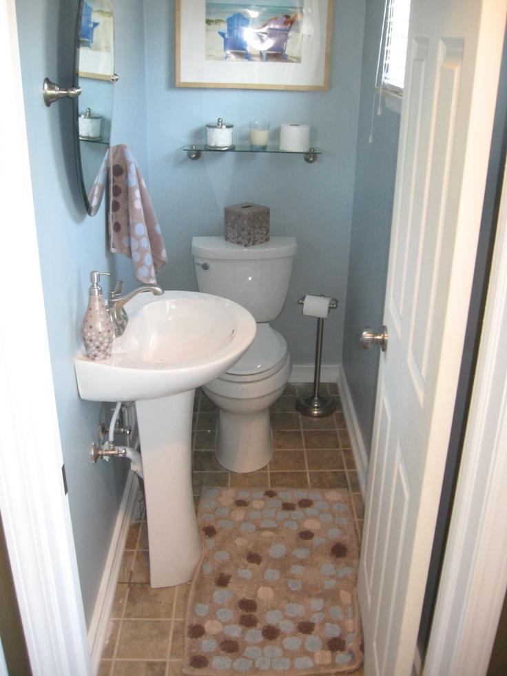 Small Half Bathroom Ideas Decorating: Small Half Bathroom-2
