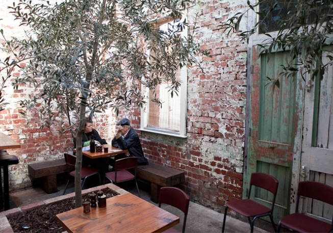 Auction Rooms - North Melbourne, beautiful food and good coffee