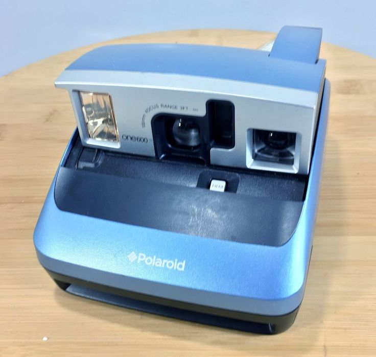 Polaroid One 600 Instant Camera Blue uses 600 film #Polaroid