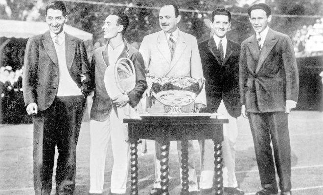 Los cuatro 'Mosqueteros' que dieron origen a Roland Garros | Esta semana | EL MUNDO http://www.elmundo.es/deportes/tenis/2017/11/20/5a12ac91468aeba81d8b4616.html