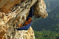 Rock climbing holiday on Railay / Tonsai, Thailand with bouldering and deep water solo