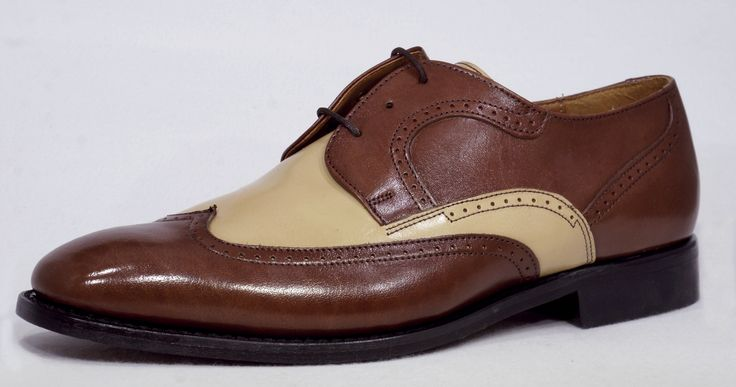 R 889 (Polisander/Bone) Bishop Genuine Leather Lace-Up Shoe Handcrafted in South Africa Code: 50230.  See online shopping for sizes.  Shop online https://www.thewhatnotshoes.co.za Free delivery within South Africa