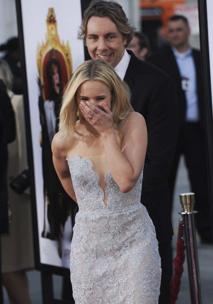 #MarriageGoals: Kristen Bell and husband Dax Shepard share a giggle on the red carpet
