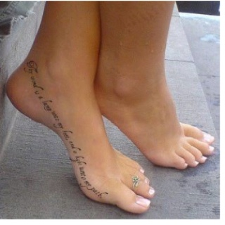 I have never wanted to get a tatoo, but if I did it would probably be this one. Never seen one on this part of the foot...Ouch! (Thy word is a lamp unto my feet and a light unto my path)