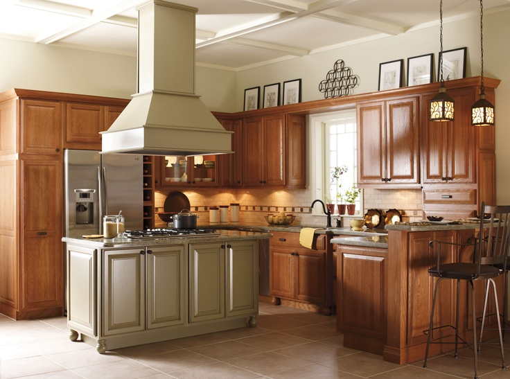 Schrock uses brinkman oak doors in sahara finish and maple for Maple kitchen cabinets for sale