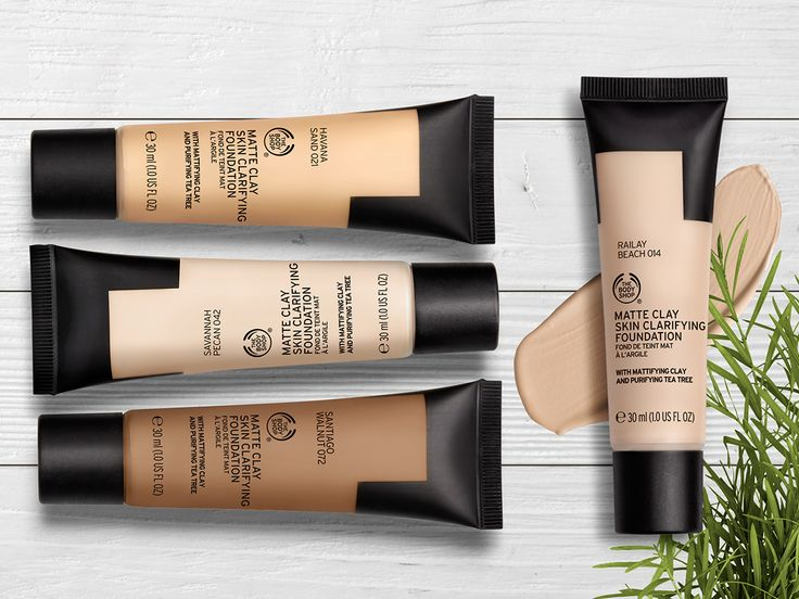 Combat skin imperfections with our NEW 100% vegan Matte Clay Foundation. This lightweight foundation is enriched with skin-clearing tea tree and leaves a breathable, yet full-coverage matte finish.
