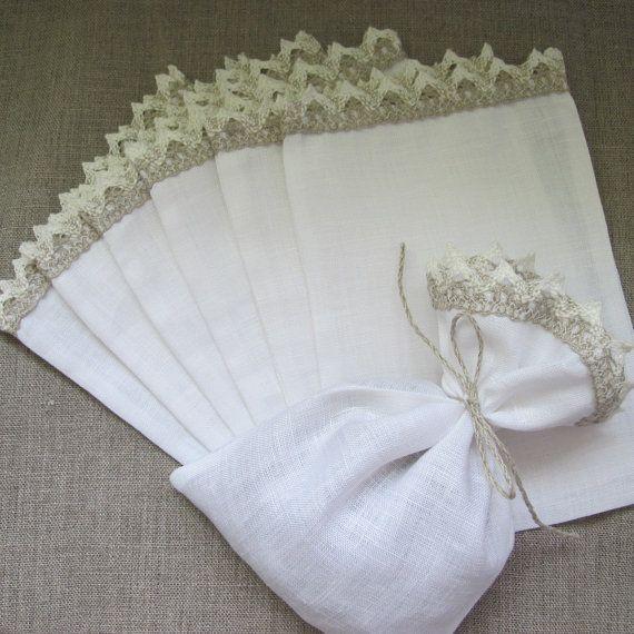 Sacchi di tela con pizzo sacchetti di caramelle di FlorArtSilva, $20.00