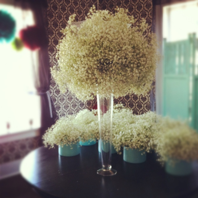Low Budget Wedding Flowers: 17 Best Images About Budget Centerpieces On Pinterest