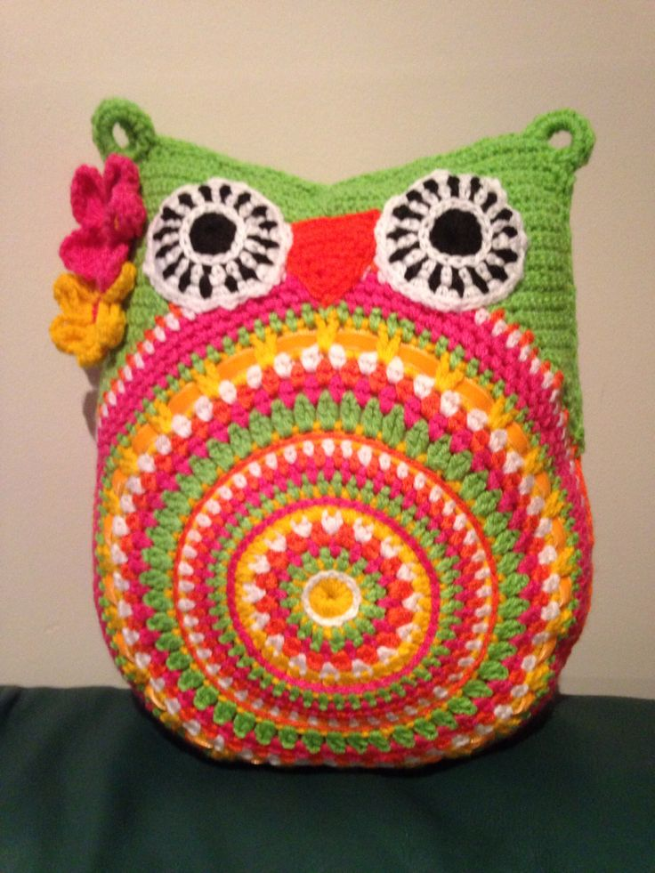 Crochet owl cushion Punt Pinterest Crochet owls ...
