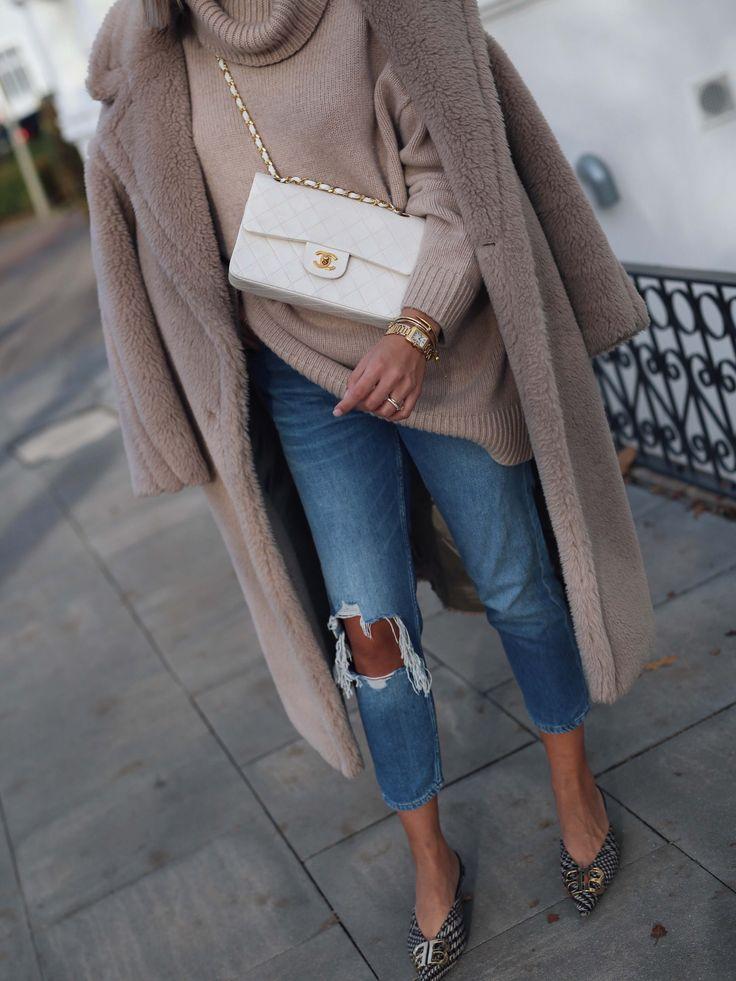 white Chanel classic bag – Aylin König