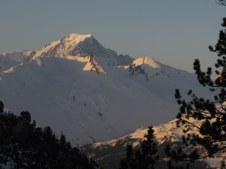 En face du village Les Arcs 1950 : le Mont Blanc #savoie #montblanc