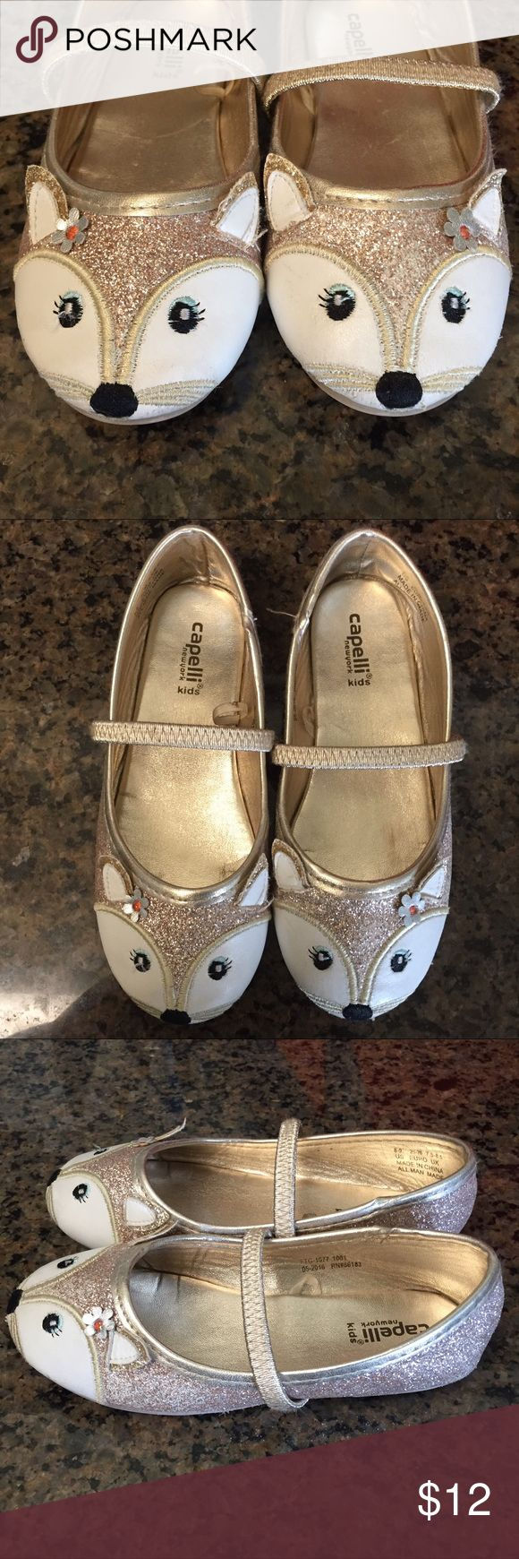 Cutest fox shoes everrrrrrr 🦊 Size 8/9 Adorable fox ballet flats.  ❤️ I hate that my daughter outgrew these!  Cute fox faces on gold glitter shoe.  Flaws shown in photos 6&7 where some of the glitter has rubbed off and some heavier rubbing on the inside of the heels.  Soles and interior are in excellent condition. Size 8/9. Happy Poshing! ✨ Capelli of New York Shoes Dress Shoes