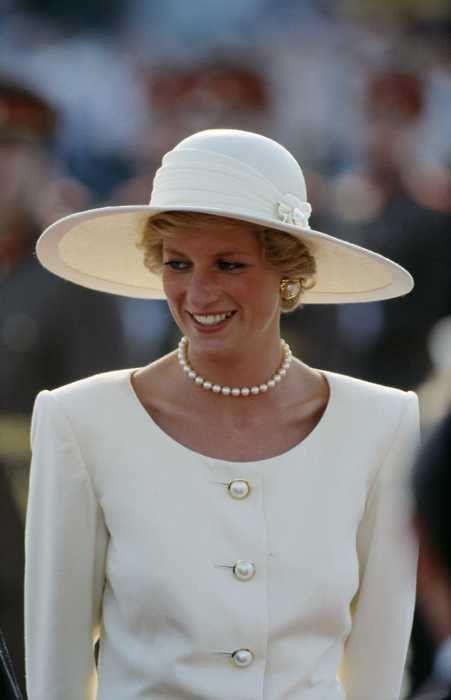 Princess Diana, 1990