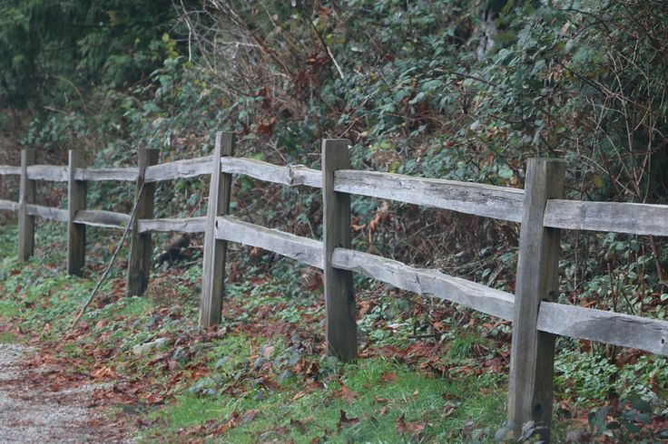 """Split rail fencing is a beautiful alternative to other types of fencing. The charm and style of this fence compares to our other fences, yet a split rail fence is very economical compared to some of the other higher priced options. The lower cost of split rail fence is often the main reason people choose this type. It is also considered a """"no bot"""