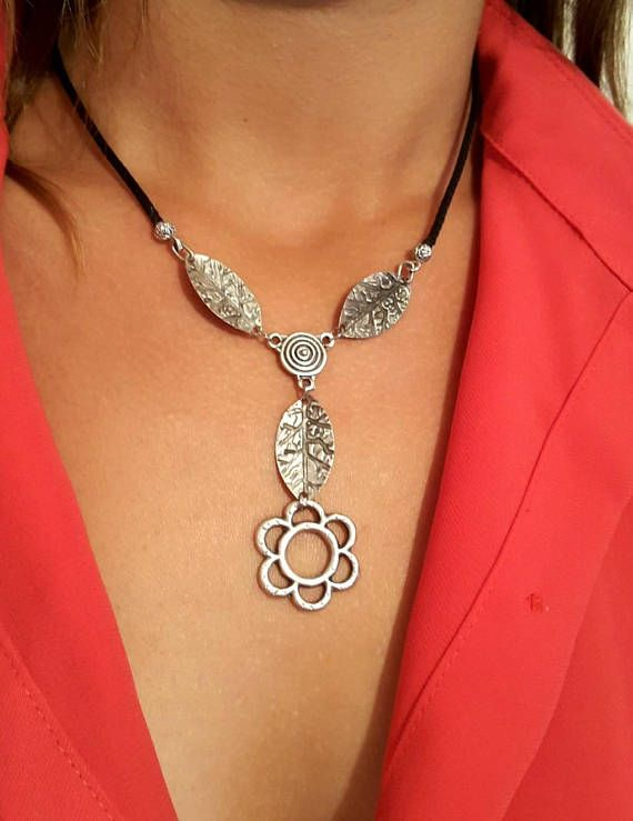 Daisy Silver Necklace Statement Necklace Leather Necklace