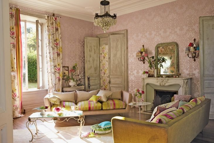 Oh my goodness! Awesome pink room.