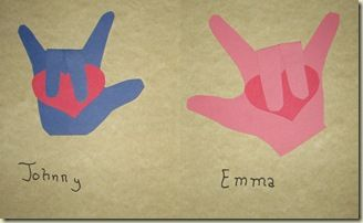 Adorable card using tracing of kids' hands