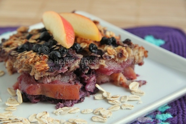 Baked Oatmeal with Apples and Blueberries
