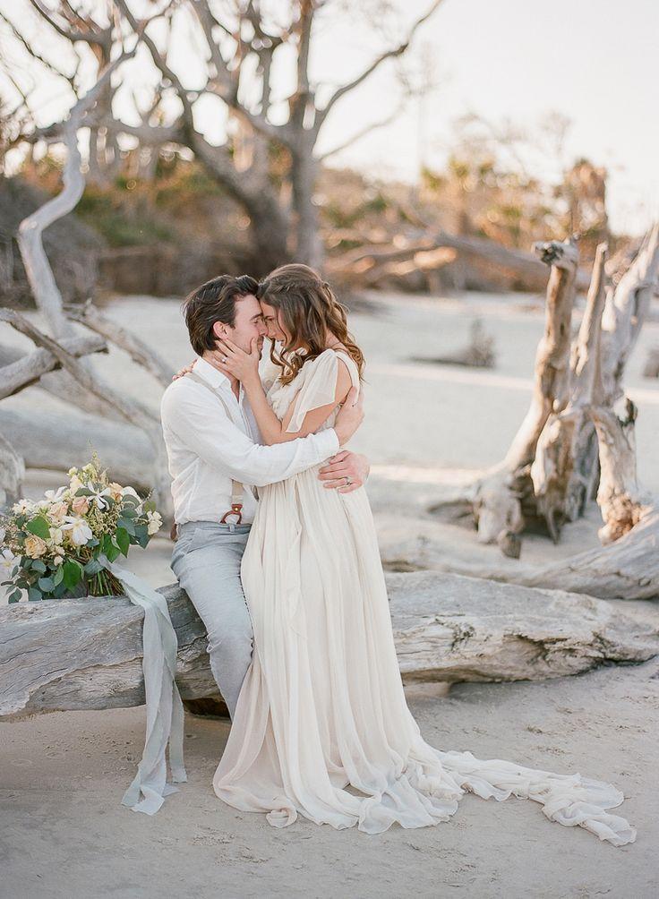 Intimate Wedding Inspiration on Driftwood Beach – Grace Region