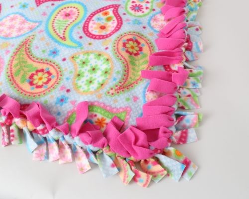 how to finish a fleece blanket
