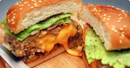 Juicy Lucy hamburger - Juicy Lucy-hampurilainen