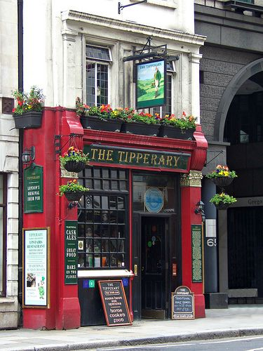 The Tipperary, 66 Fleet Street, London, England. I just wanna walk in & stay for hours. :)