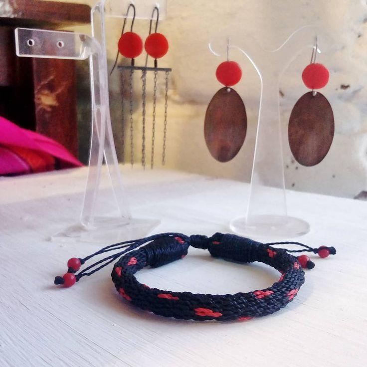 Pin On Bracelets By Macrameandino