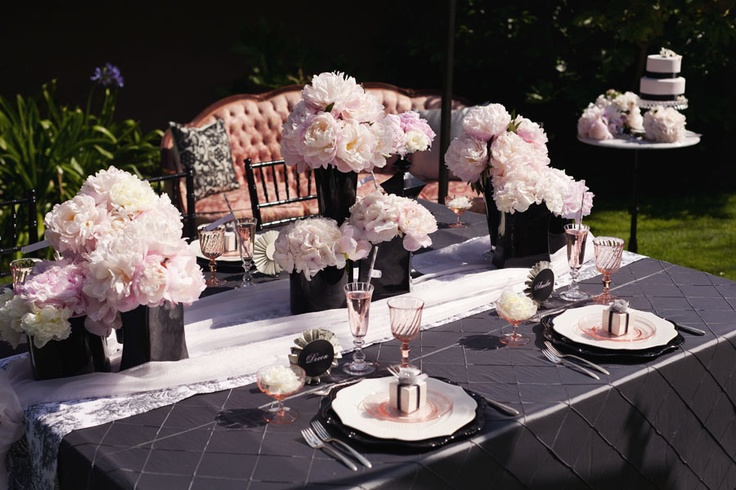 Tabletops: Blushing Romance - Exquisite Weddings