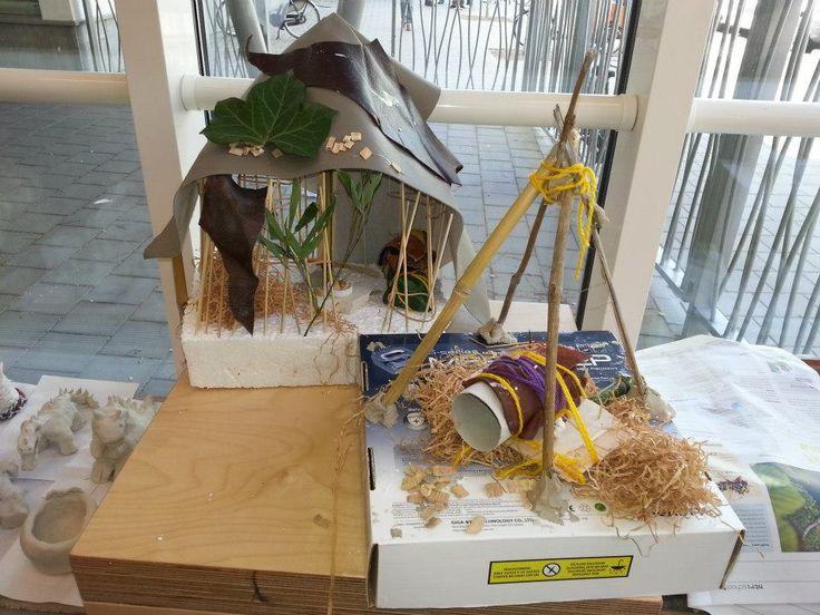 Workshop 'huizen maken' van natuurlijke materialen op Basisschool De Elzen