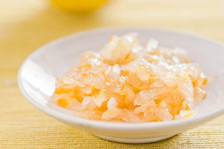 Päronmarmelad. Min favoritmarmelad som jag alltid gör till mina ost&vin-provningar. Perfekt till cheddar. Päron, lime och ingefära är en särdeles snygg kombo.  - Receptet finns på Smakbalans.se.  #päron #marmelad #recept #mat