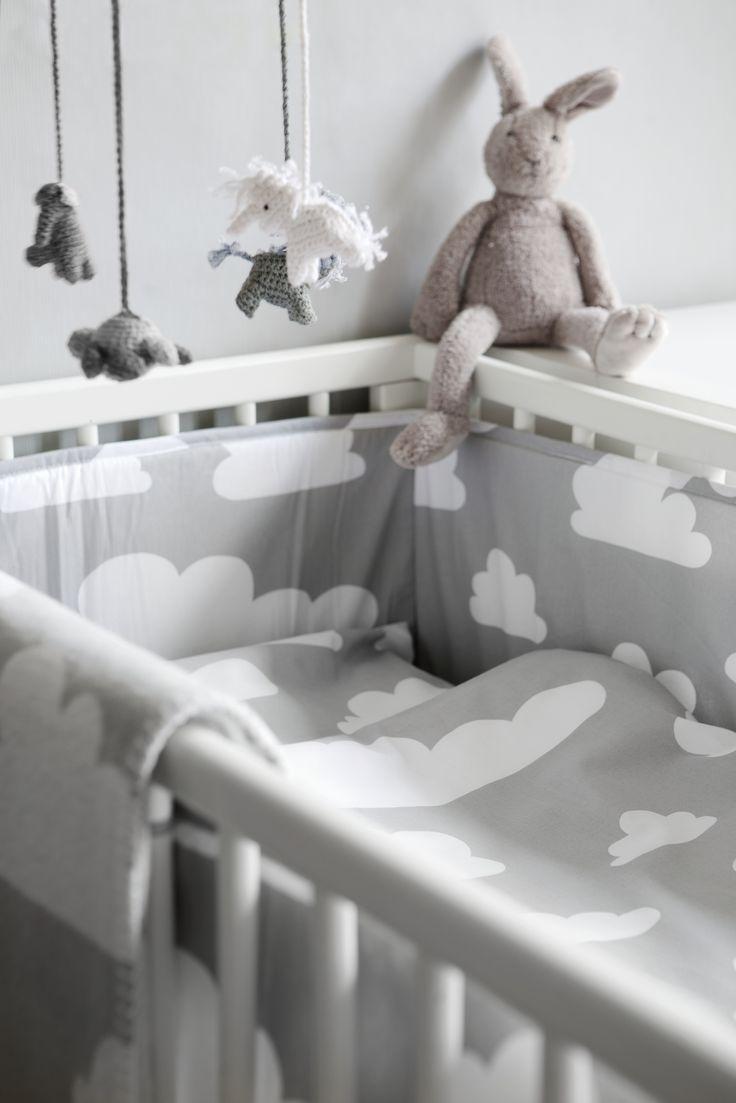 Farg form baby changing table mat grey clouds - F Rg Form Moln Jollyroom Barnrum Kidsroom Barn Kids Cot Bumper Baby Beddingbaby Cribsnursery Beddingcrib