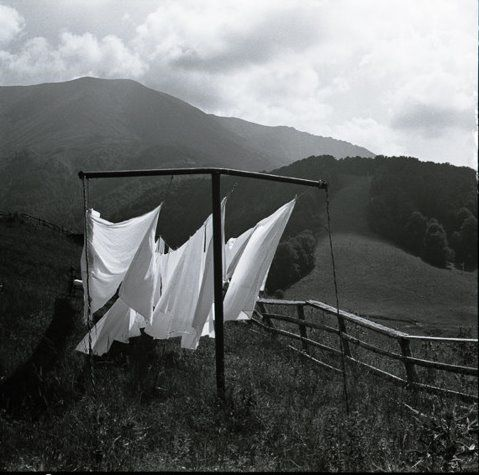 sheets drying in the breezeFresh Sheet, Clotheslines Laundry, Cleaning, Sheet Dry, Laundry Hanging Line, Mountain Breeze, Black White, Clotheslines B W, Art Installations