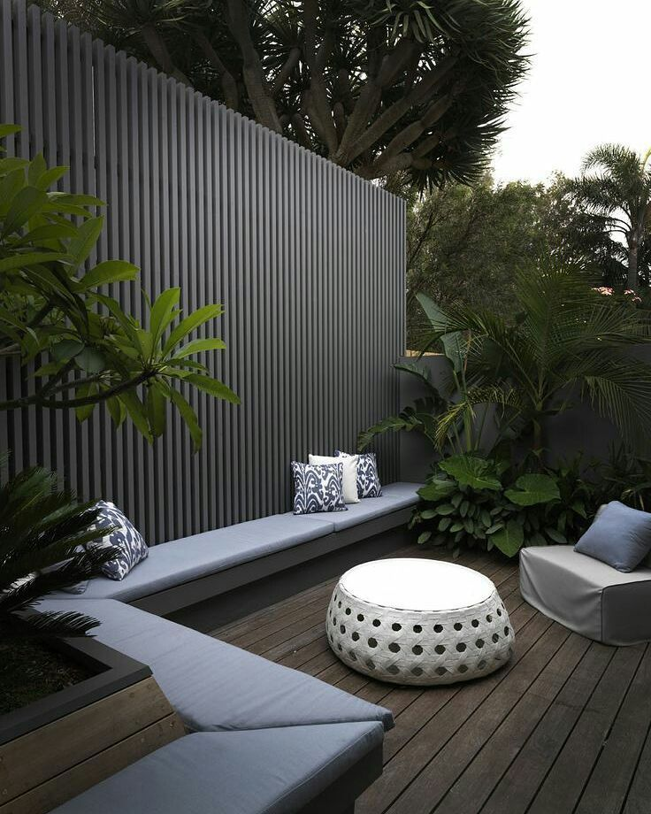 Now thats an outdoor space ! Pinterest  #landscapes #gardendesigns  #outdoorliving