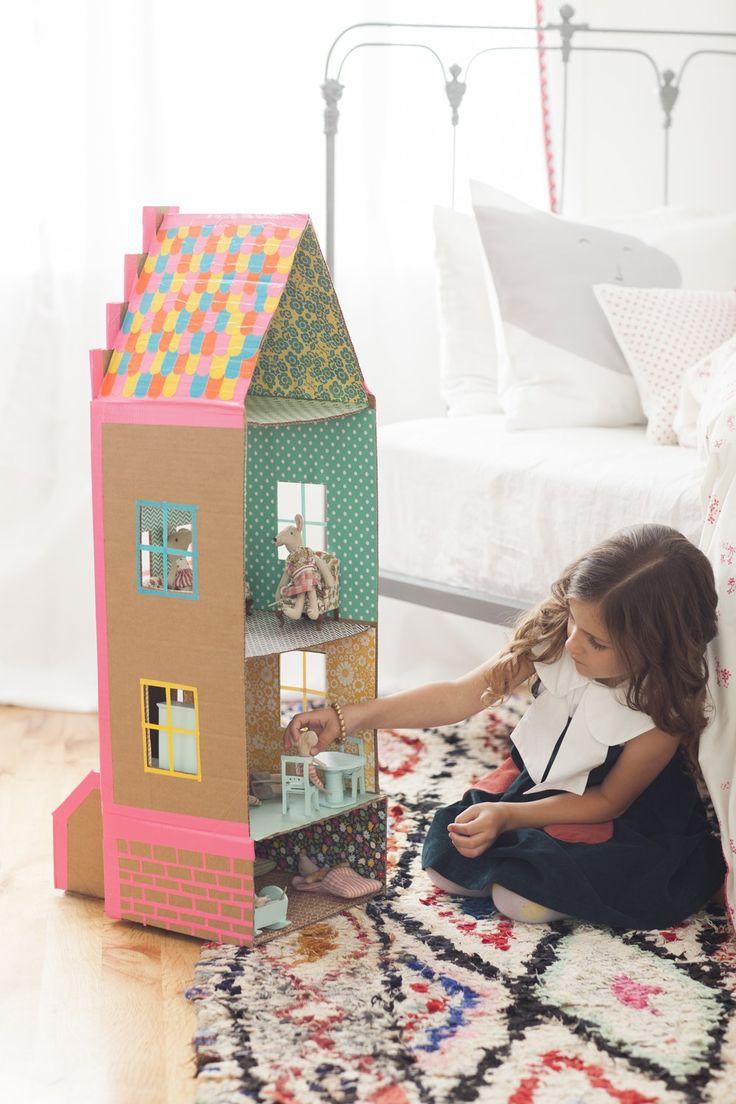 17 meilleures id es propos de ch teau en carton sur pinterest chateau boite en carton. Black Bedroom Furniture Sets. Home Design Ideas