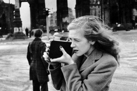 Hildegard Knef in 1947. During the Battle of Berlin, she dressed as a soldier in order to stay with her lover and joined him in the defence of Schmargendorf.