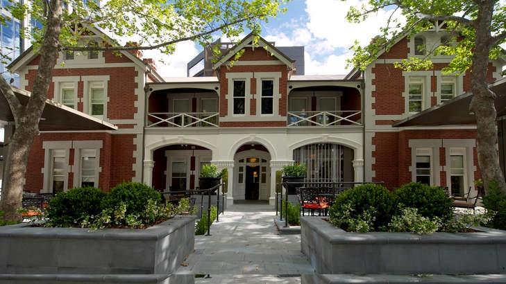 Elegance:Perths Terrace Hotel.