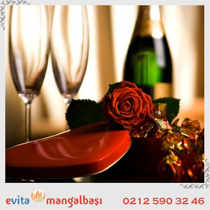 Evita Mangalbaşı Sevgililer Günü Hediyesi. Mangala gelen misafirlerimize ücretsiz eğlence imkanı. Rezervasyon: 0533 570 51 34. #sahil #denizköşkler #evitamangalbaşı