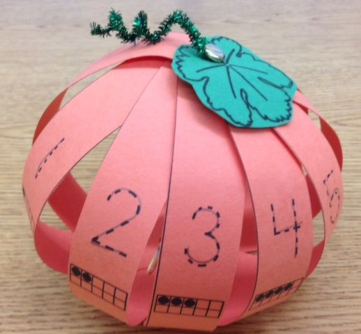 Let's Count on a Pumpkin! ~ use paper strips with numbers and ten frames or change the skill as desired and then simply staple the strips to form the pumpkin ~ clever. :)