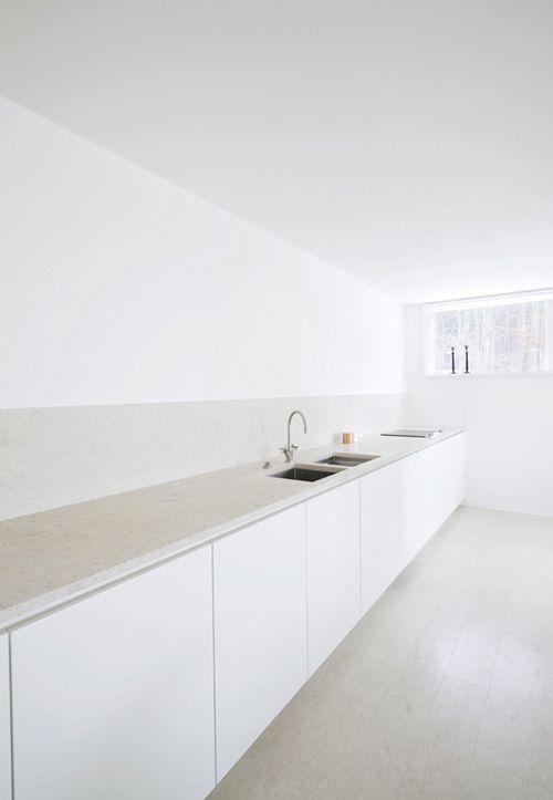 Meer dan 1000 idee n over minimalistische keuken op pinterest keukens witte keukens en - Keuken minimalistisch design ...