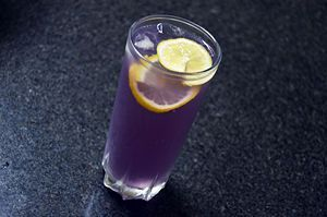 Purple Lemonade Recipe for bridal shower as non-alcoholic beverage or for the kids!