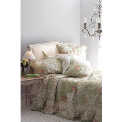 Claudia Green Quilted Bedspread