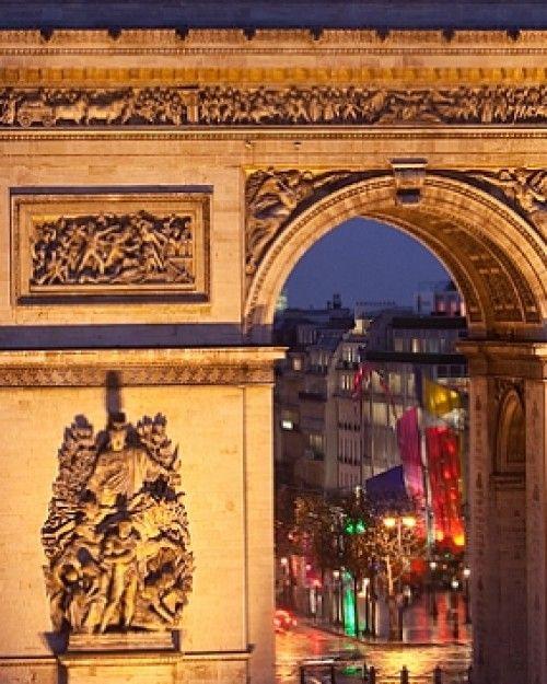 Mon Hotel  ( Paris, France )  Mon is a trendy boutique hotel near the Arc de Triomphe and the Champs-Elysées. #Jetsetter
