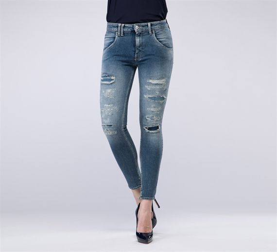 WPT424 - Cycle#cycle #cyclejeans #spring2015 #springsummer #spring #summer #collection #stripes #women #apparel#blouse #fashion #style #denim #jeans #skinny